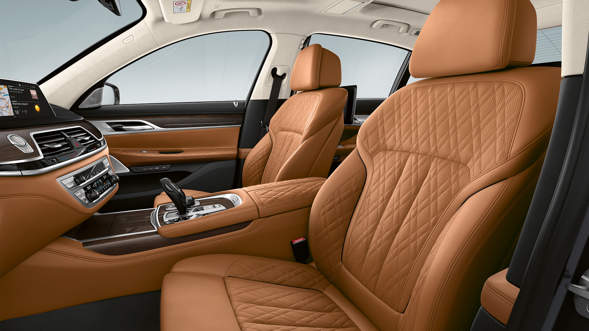 BMW 7 Series Sedan with Exterior Design Pure Excellence, Nappa leather upholstery